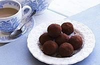 Clotted cream chocolate truffles