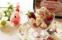 Easy Strawberry Meringue Sundae