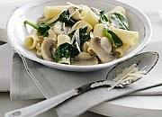 Chestnut mushroom and spinach rigatoni