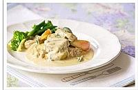 Pork with apples and crème fraiche