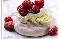 Mini rosewater meringue with clotted cream