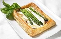 Asparagus, goats cheese and caramelised onion puffs