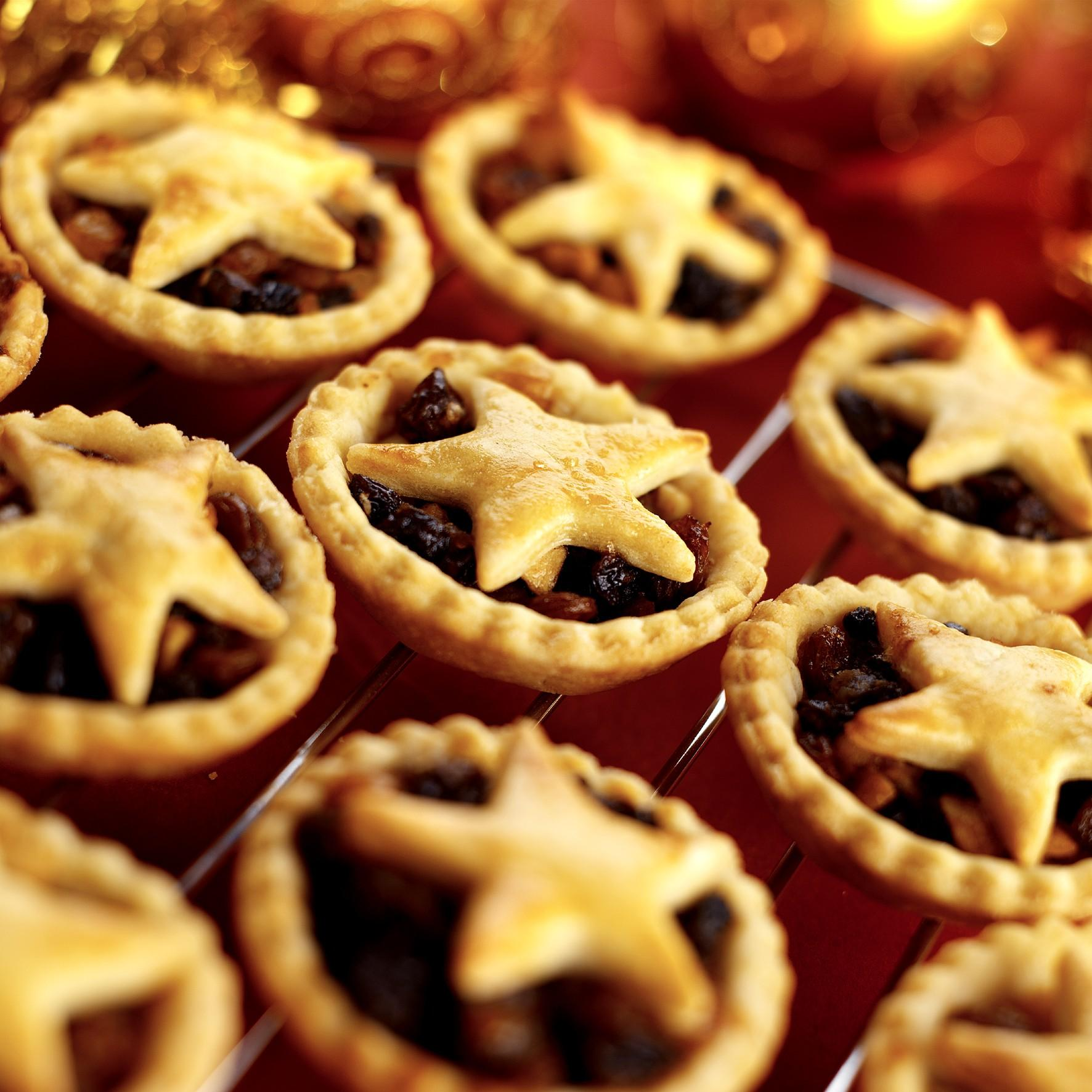 Mince Pies with Sweet Pastry - Candis