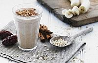 Banana, oat & date smoothie