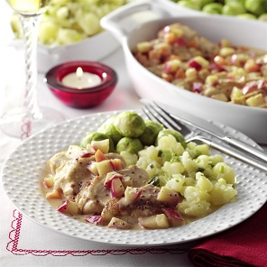 Chicken in a Creamy Apple and White Wine Sauce