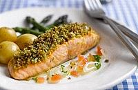 Herby crust salmon