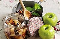 Minted apple chutney