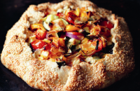 Brie and vegetable pie