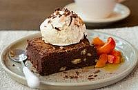 Warm chocolate brownies