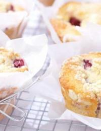 Rhubarb-and-Raspberry-muffins-low-res