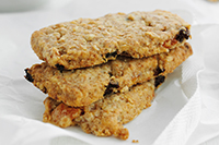 Phil-Vickery's-muesli-breakfast-biscuits.jpg