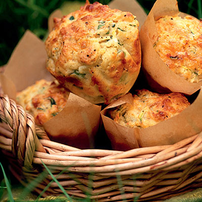 Courgette and salad onion muffins
