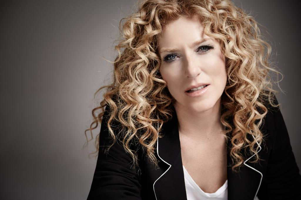 Kelly Hoppen very high res