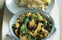 Thai chicken and spinach curry