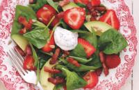 Strawberry, avocado and bacon salad