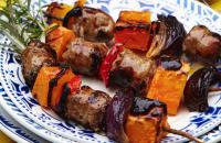 Sausage kebab and quinoa