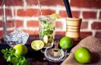 Simple low-calorie cocktail swaps