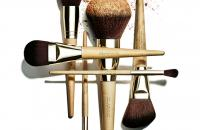 Win Clarins Make-up Brushes!